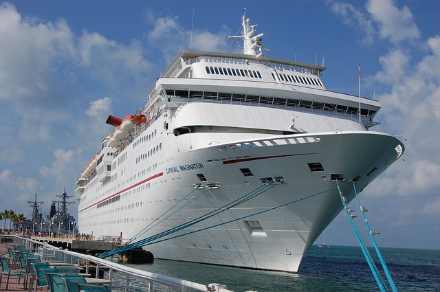 Difference Between Carnival and Royal Caribbean