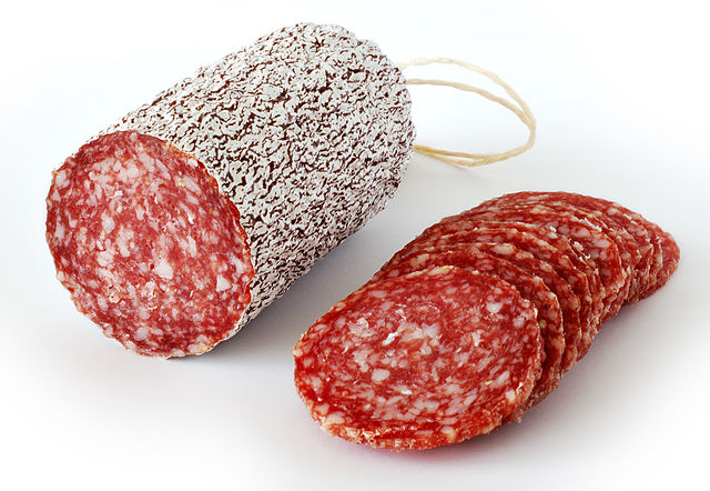 Difference Between Salami and Pepperoni