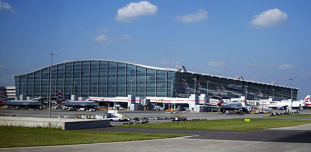 Difference Between Heathrow and Gatwick Airport