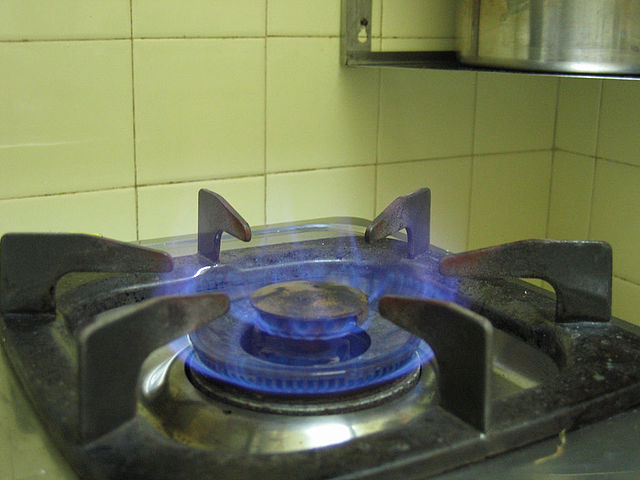 Difference Between Gas Cooking and Electric Cooking