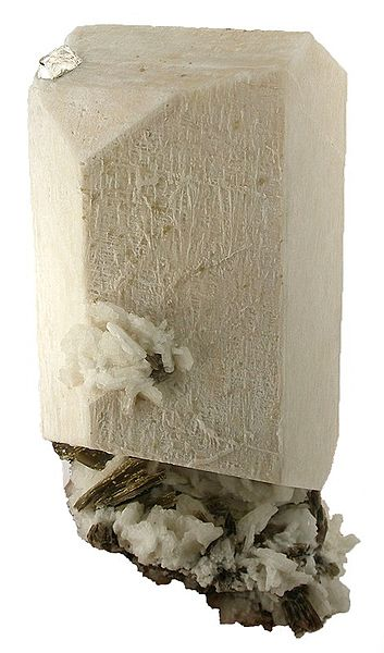 Difference Between Quartz and Feldspar_Fig 02