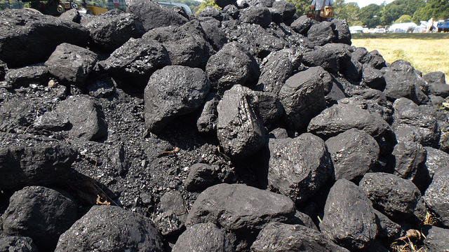 Key Difference Between Anthracite and Coal