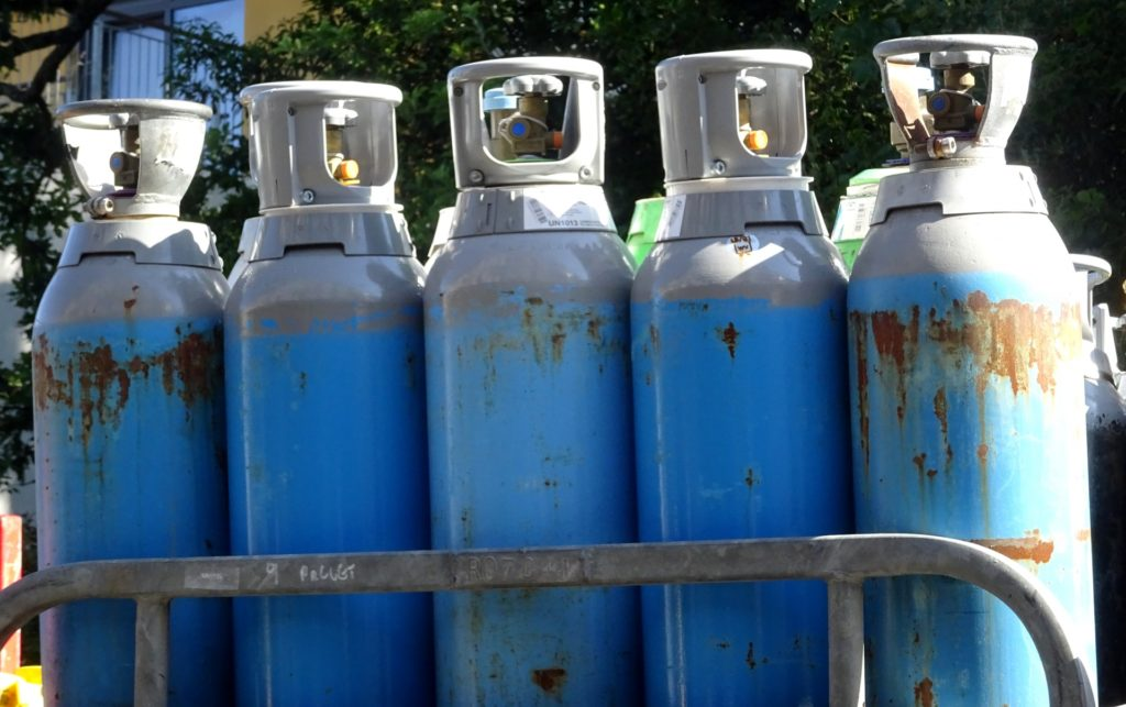 Key Difference Between Compressed Air and CO2