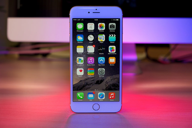 Difference Between Apple iPhone 6 Plus and Samsung Galaxy S5