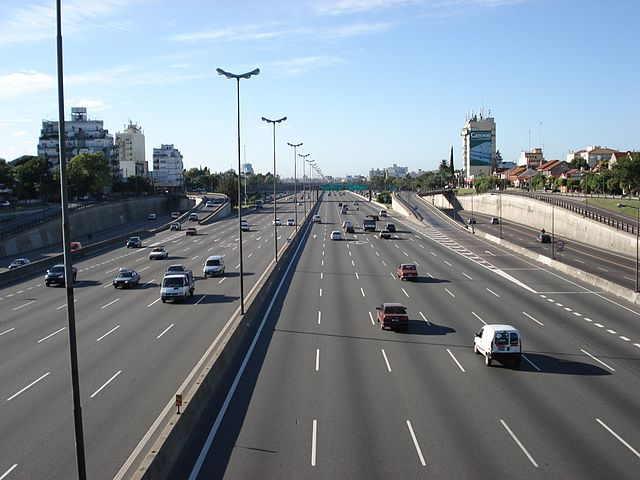 Difference Between Highway and Motorway