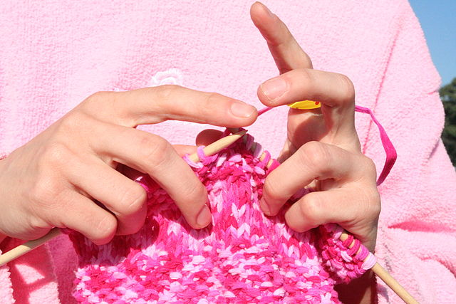 Difference Between Knit and Crochet