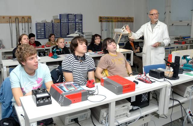 education of engineer