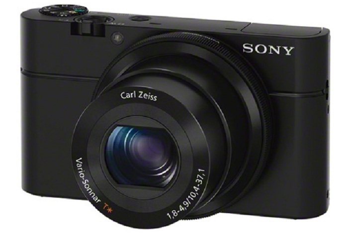 Fuji X30 and Sony RX100 Difference