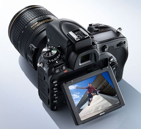 Difference Between Nikon D750 and D810
