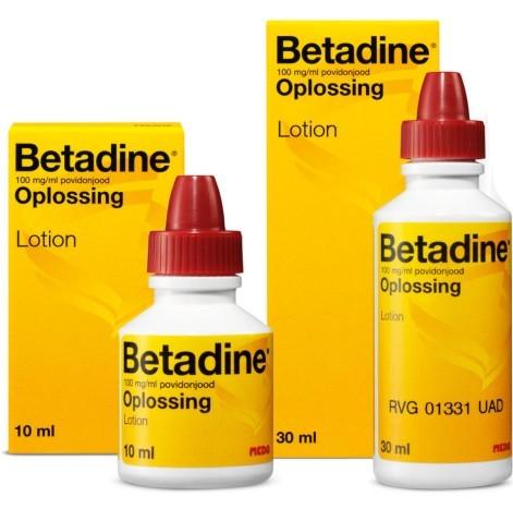 Key Difference - Povidone Iodine vs Iodine