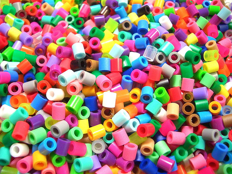 Key Difference - Bakelite vs Plastic