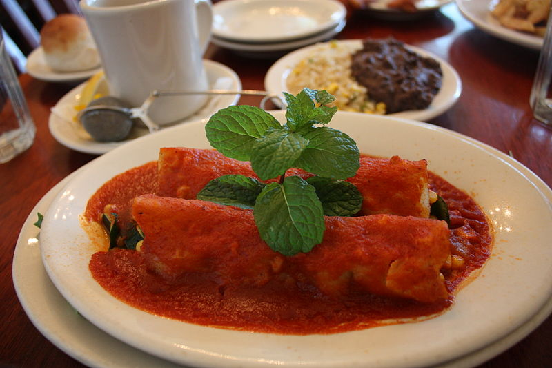 Difference Between Burrito Chimichanga Enchilada Fajita and Taco - 1