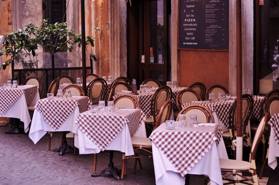 Key Difference - Casual Dining vs Fine Dining