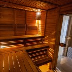 Difference Between Sauna and Jacuzzi