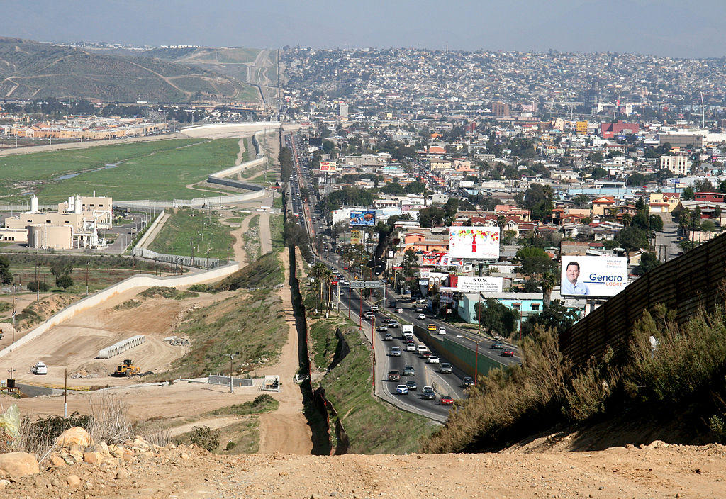 How Long is Mexico Wall - 2