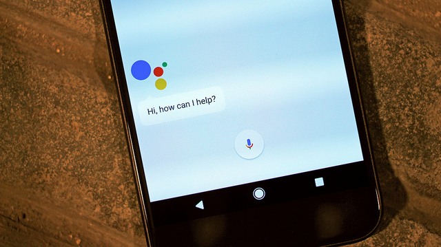 Key Difference - Google Allo vs Google Assistant
