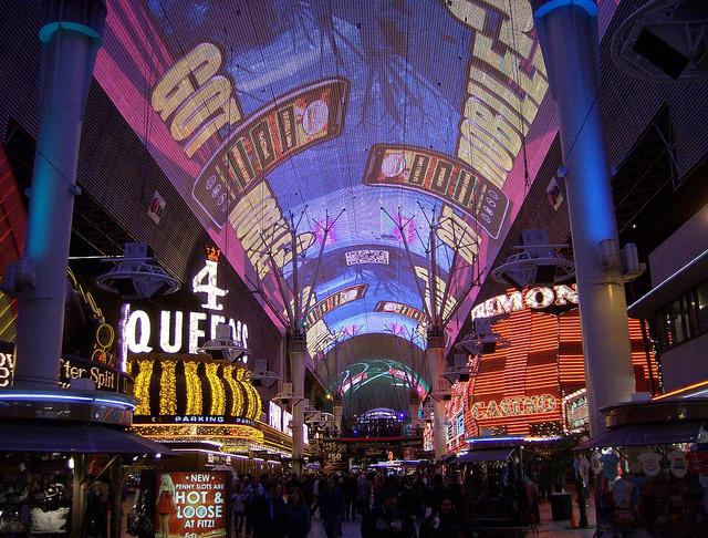Key Difference - Las Vegas Strip vs Downtown