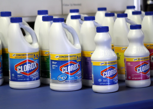 Difference Between Oxygen Bleach and Chlorine Bleach