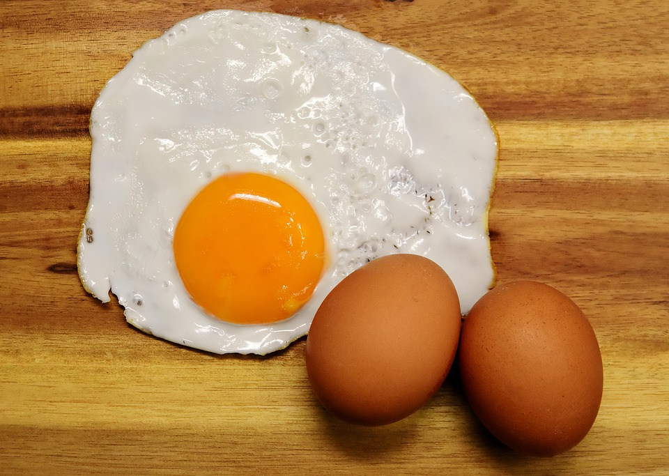 Difference Between Dietary Cholesterol and Blood Cholesterol