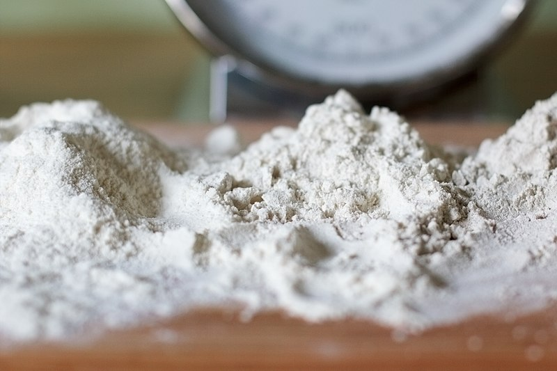 Key Difference Between Starch and Flour