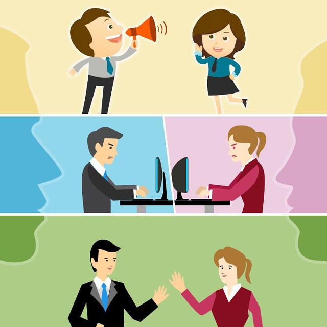 Key Difference - Communication vs Mass Communication