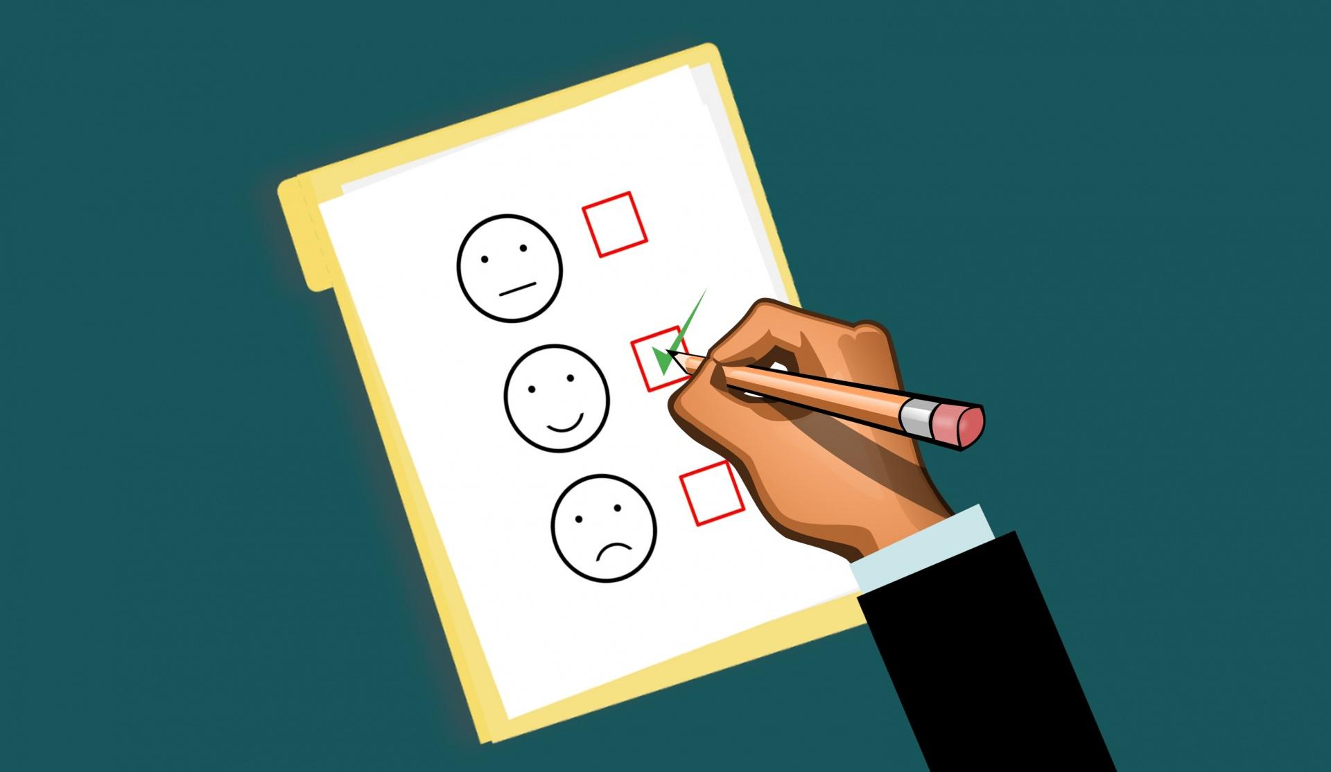 Key Difference - Customer Loyalty vs Customer Retention