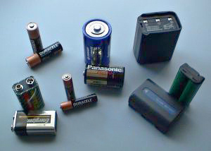 Key Difference - Fuel Cell vs Battery